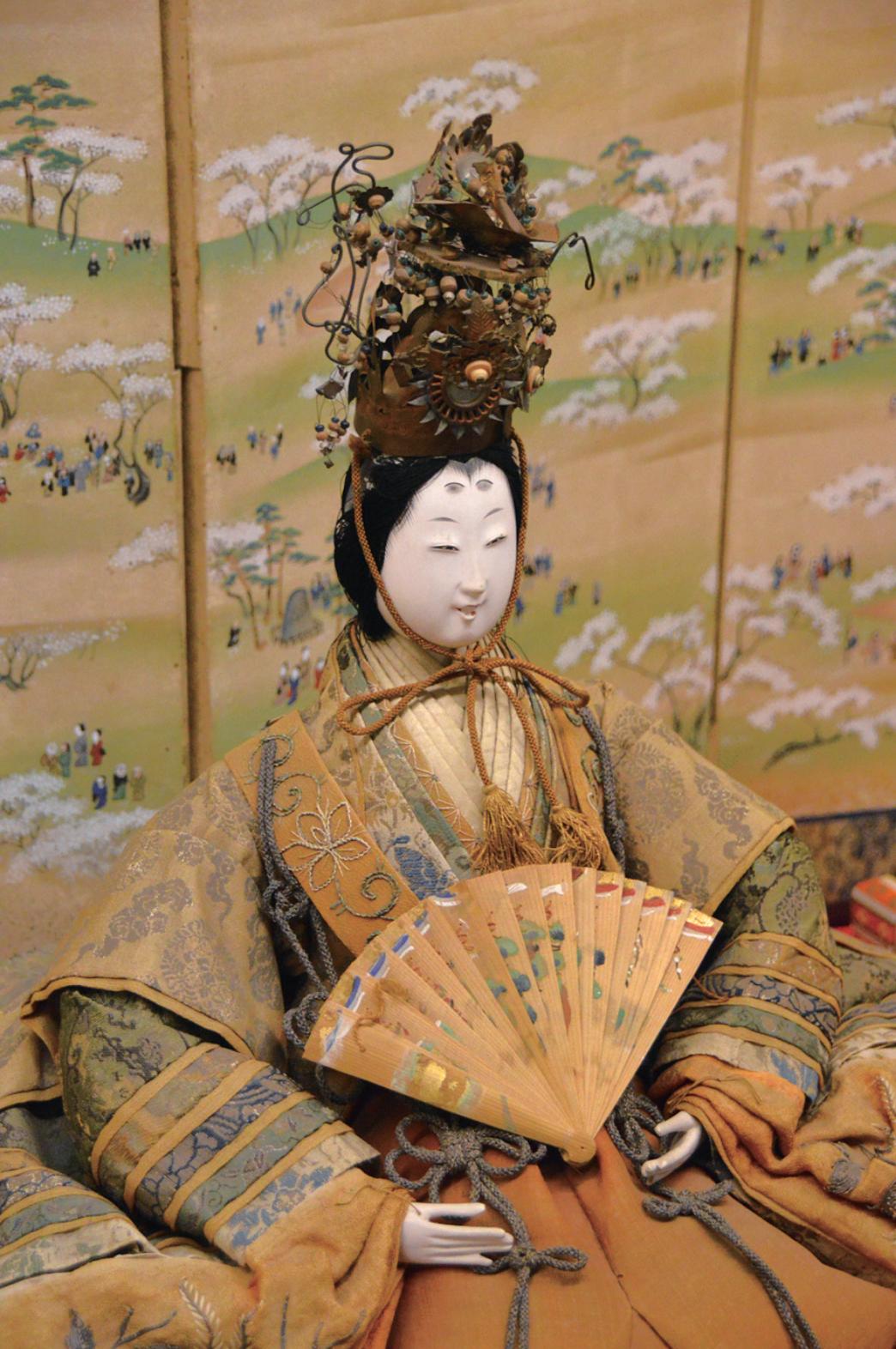 松井章之・琴姫夫妻の長女加屋姫所用の古今雛