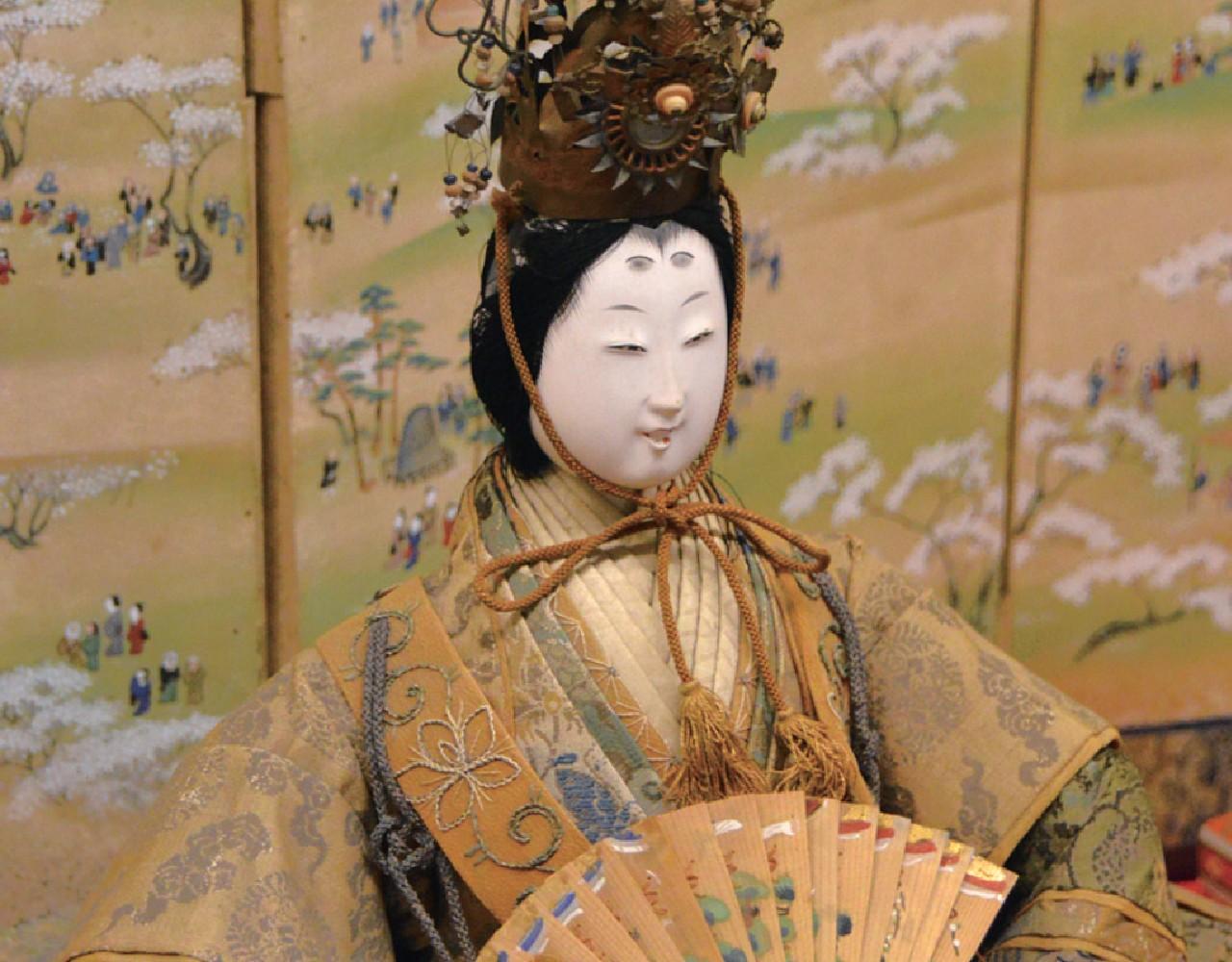松井章之・琴姫夫妻の長女加屋姫の古今雛